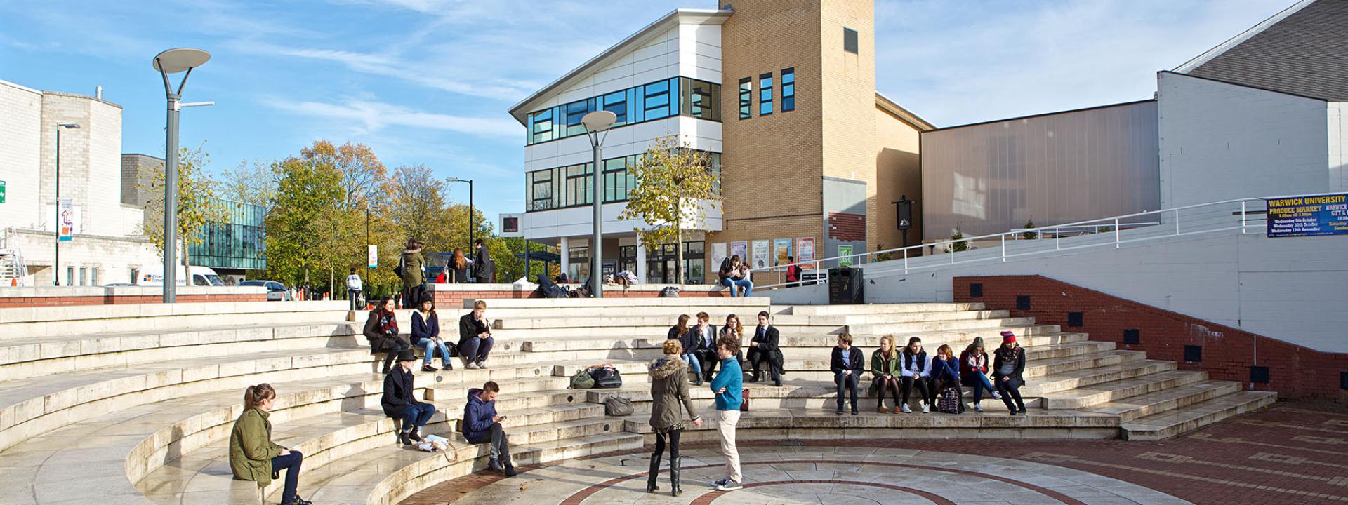 University of Warwick - Bright Future Scholarship